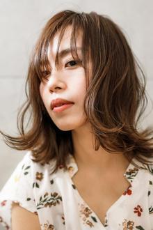 髪型は印象を変える