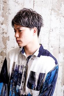 moku+スタイル《センターパート&ブルーアッシュ》岩田