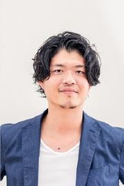 菊岡俊樹 スタイリスト